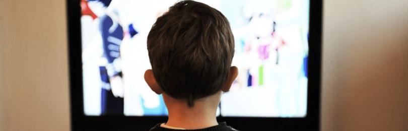 Как подобрать диагональ телевизора по расстоянию — таблица по размерам комнаты
